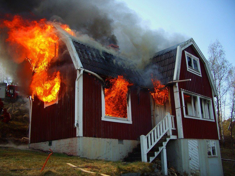 Common-Household-Fire-Risks-and-How-to-Neutralize-Them